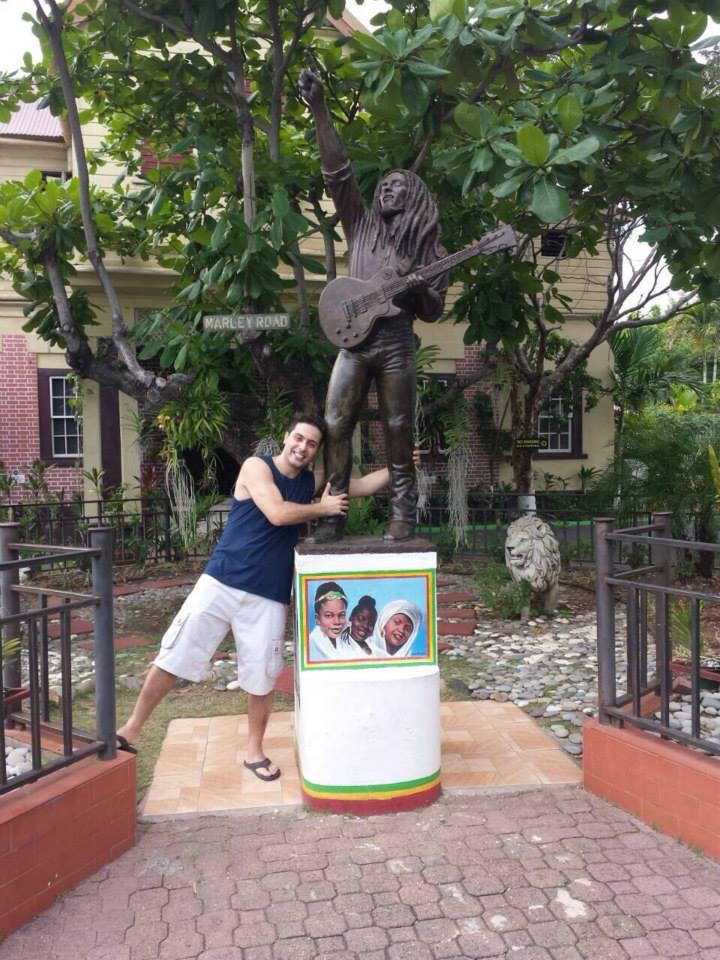 Estátua do Bob Marley