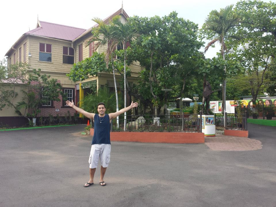 Quintal casa do Bob