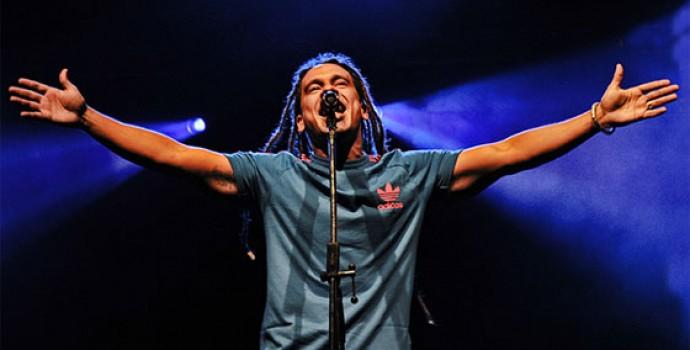 Em Salvador, Diamba faz show para celebrar dia nacional do Reggae